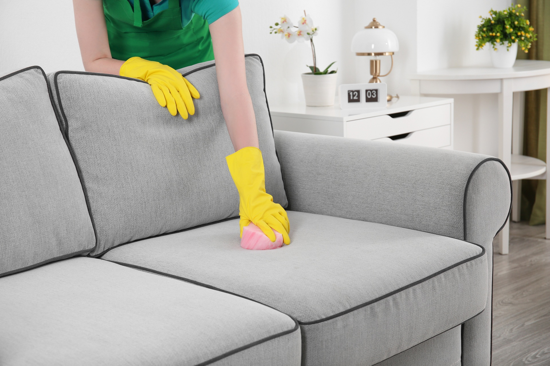 Чистка мебели в картинках